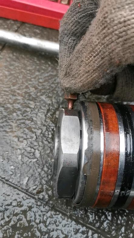 【老玩童出品】更換輪挖挖斗油封全過程-帖子圖片