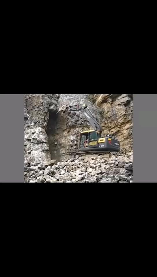 【我的铁甲日记第340天】开挖机的是这样的