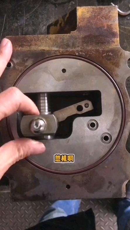 【牛挖修液压】第11期卡特调节器磨损了会怎么样?