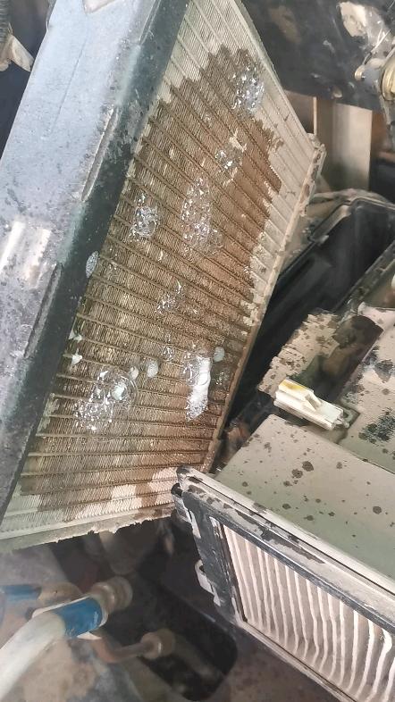 日立ZX200-3空調不制冷-帖子圖片