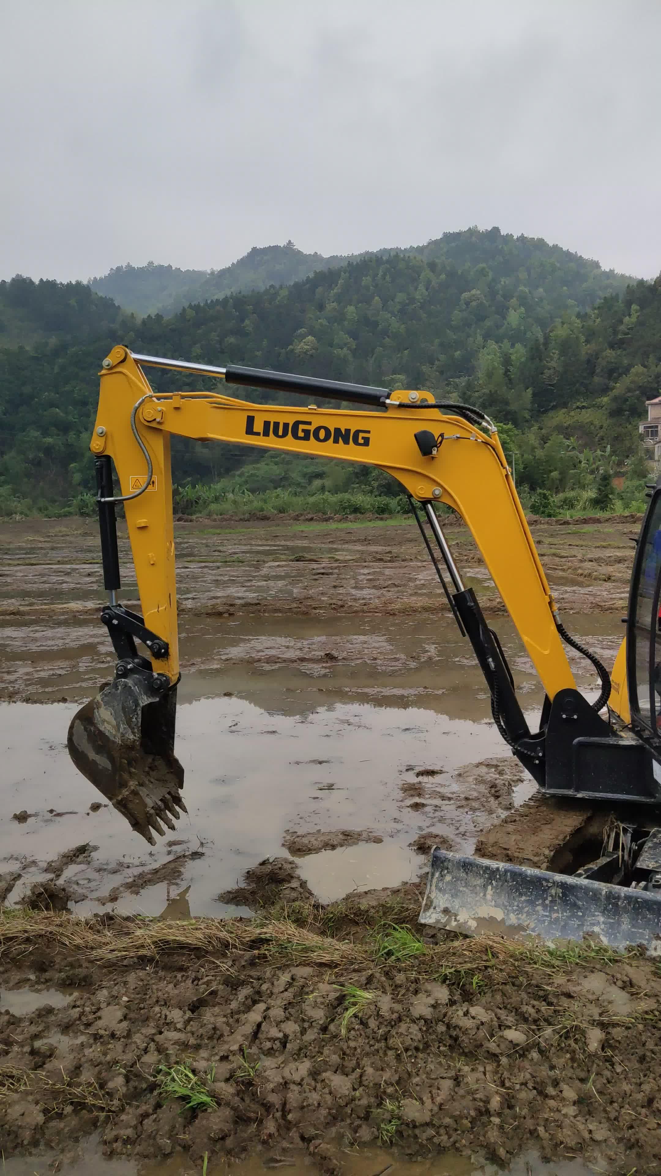 喜提柳工906E挖掘機-帖子圖片